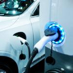 家庭用蓄電池って電気自動車の充電に使える!?